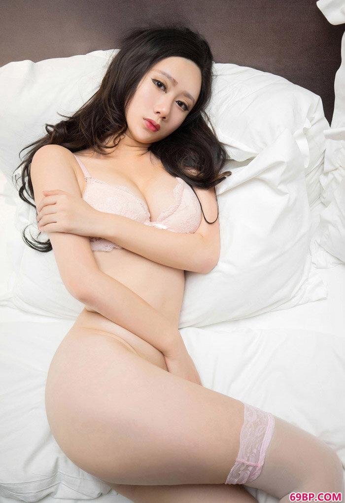 MiStar苏小曼姿势美丽勾人人体图_西西人体zuirt.com