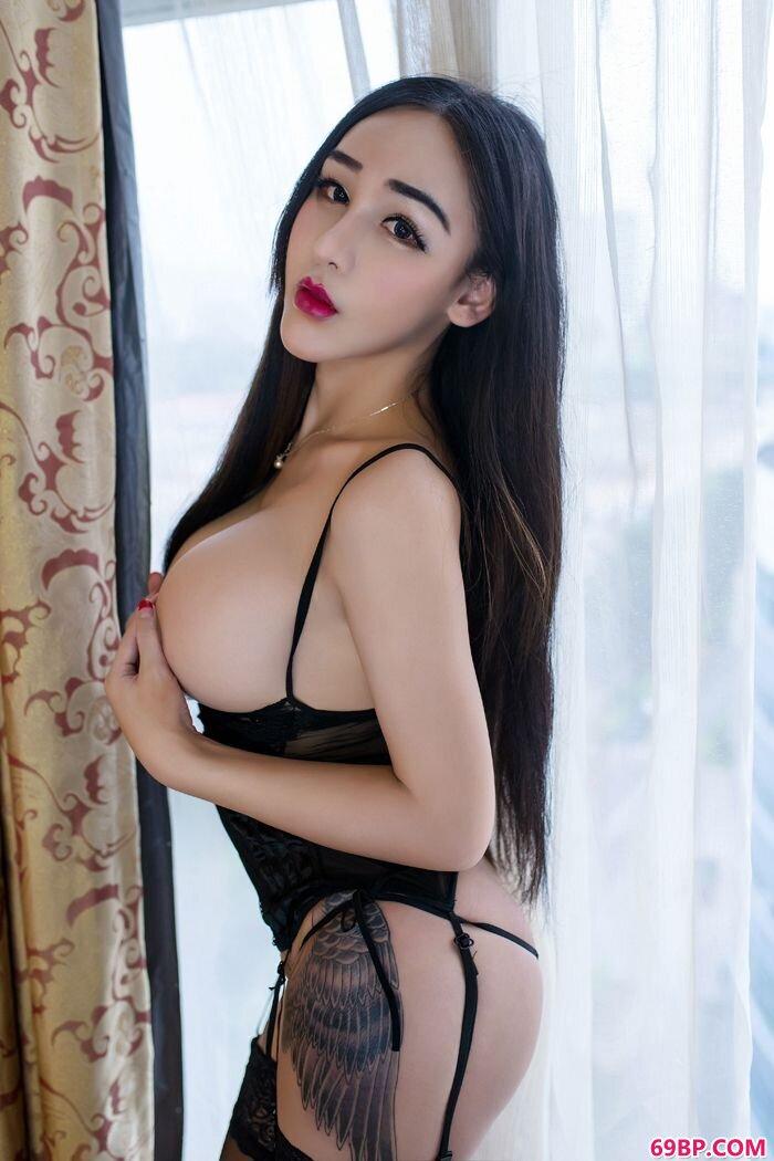 性感女巫红色情趣泳装大尺度人体图_西西人体模特网站.