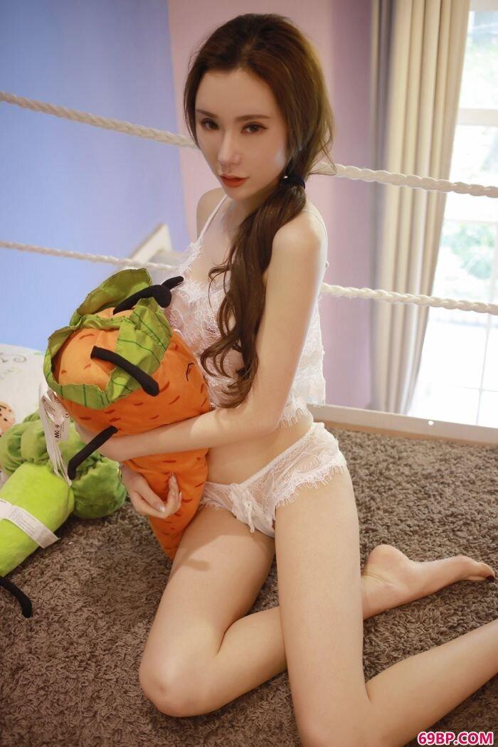蕾丝女郎萌琪琪情趣SM足大尺度够奔放_怨之恋福利图