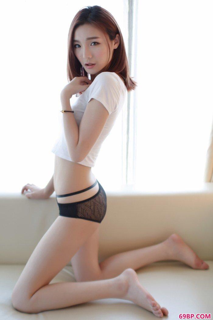 气质靓妹Hana身材完美长相美貌很迷人_熟妇性好大