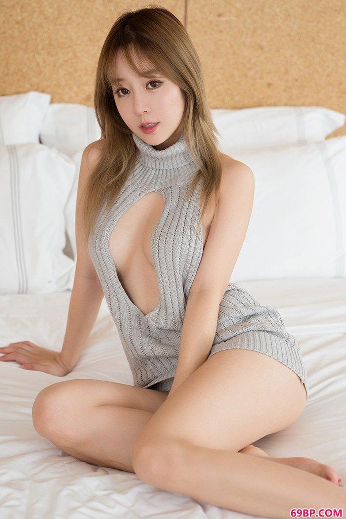宅男御姐王雨纯蕾丝泳装优雅媚惑_西西人体艺44rt.net
