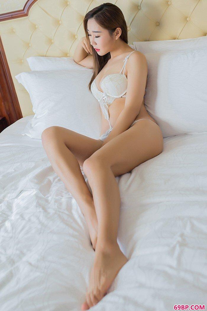 巨乳美娇娘棉花糖成熟胴体魅惑美艳_西西人体高清大胆44网