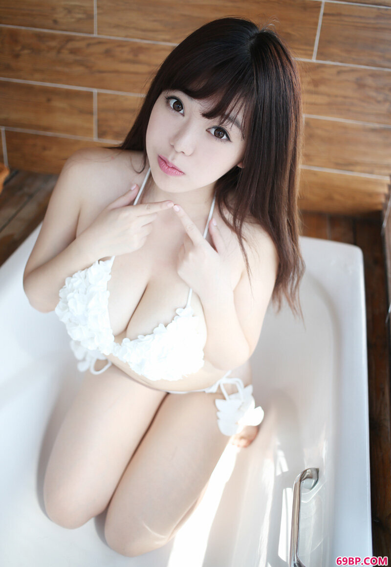 御姐刘飞儿超诱惑绝美身姿,西西人体4U