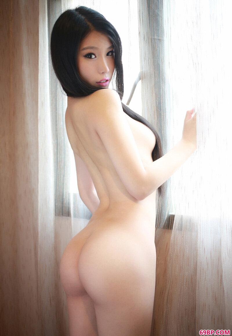 惊艳妖精级mm迷人摄影_Gogo全球亚欧洲人体