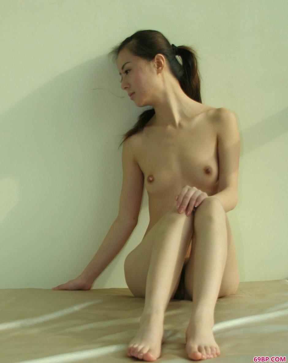 靓妹娜娜房间内的美丽人体3