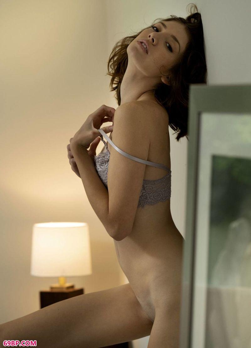 懒洋洋文艺靓女LenaAnderson,蔻蔻人体艺术图片