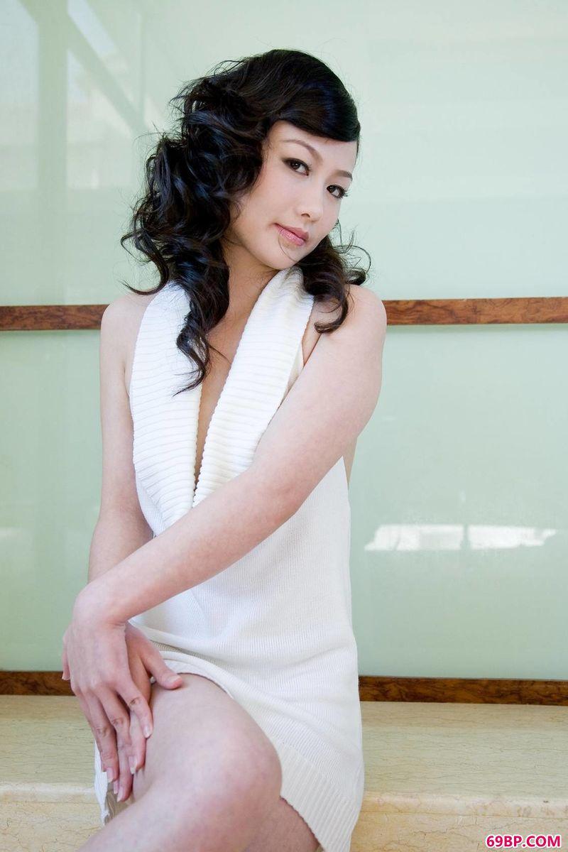 韵味女人美�的丰采_METCN人体模特―汤芳专辑